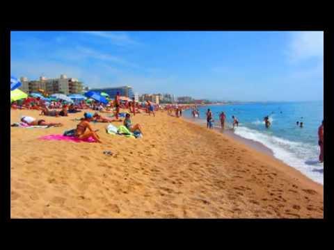 Море и пляж в Санта Сусанне, Испания. Santa Susanna, Spain