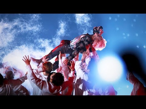 Everybody goes crazy for Jimin 😱