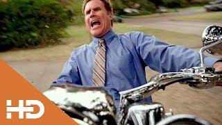 Брэд Отгоняет Мотоцикл Дасти ►«Здравствуй, папа, Новый год!(2015)