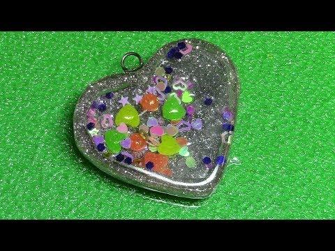 Watch Me Resin 7: Heart Shaker Charm
