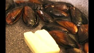 Как вкусно приготовить мидии с чесноком очень простой рецепт