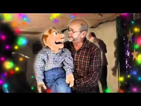 Derek and Farley sing
