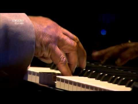 Kenny Barron & Dave Holland - Pass It On