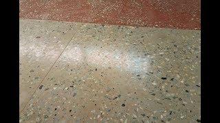 видео Ремонт мозаичных полов. Бетонные наливные полы