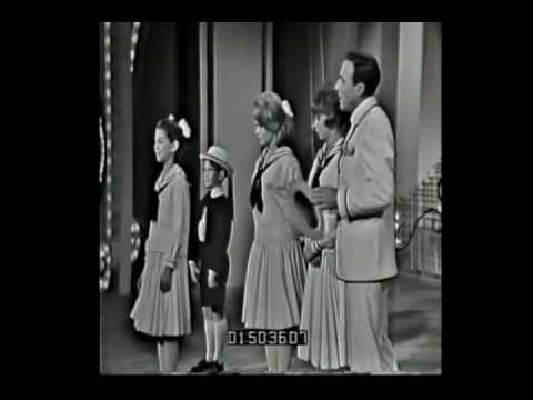 Gene Kelly, Mimi Hines and Joey Heatherton on Hollywood Palace