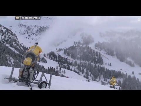 جهاز لإنتاج الثلج يبقي سفوح الألب مكسوة بالثلوج