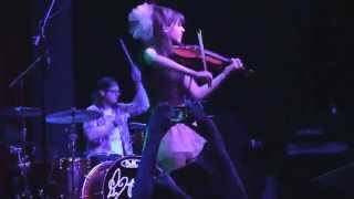 Zi-zi's journey - Lindsey Stirling (Video)