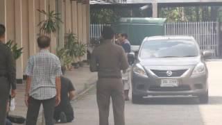 นาทีต่อนาที ตำรวจกล่อม ดร.วันชัย มือยิง 2 ศพ หลังซ่อนตัว รร.ย่านสะพานควาย