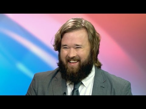 "Haley Joel Osment talks about his eccentric new role on ""Silicon Valley"""