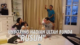 "Download lagu The Onsu Family - UNBOXING HADIAH ULTAH BUNDA ""RUSUH"""