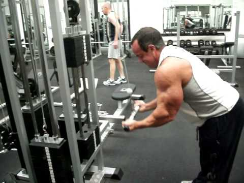 reverse tricep pulldowns youtube