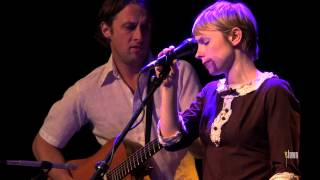 "Kat Edmonson - ""Hopelessly Blue"" (eTown webisode #332)"