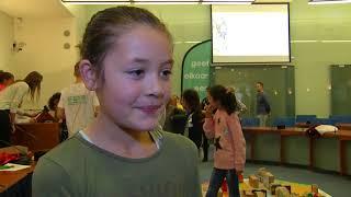 Kinderen bouwen eigen stad in stadhuis
