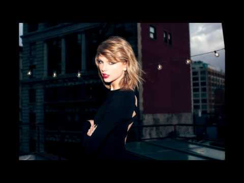 Every Taylor Swift Song Played At Once