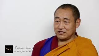 О жизни монаха(Чем занимается монах в буддийском монастыре? Ценьид Понлоп Тогме Шераб — наставник монастыря Менри. Обуча..., 2016-08-02T12:14:07.000Z)