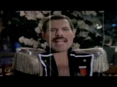 Freddie Mercury--Living on my own (Extended mix) (Videoclip S-L 1993).HD