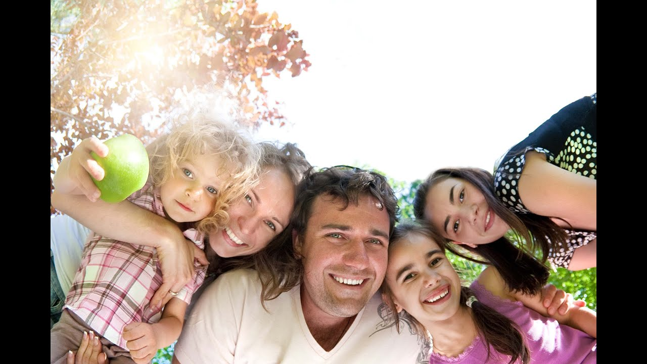 essay on small family happy family