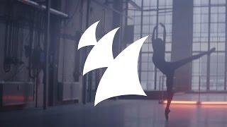 Смотреть клип Jan Blomqvist Feat. Elena Pitoulis - More