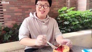 广东人蓝战非什么都敢吃挑战鲱鱼罐头,第一次对人生产生了怀疑!