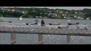 DOURDUFF EN MER PLOUEZOCH'  (le pont ) BAIE DE MORLAIX