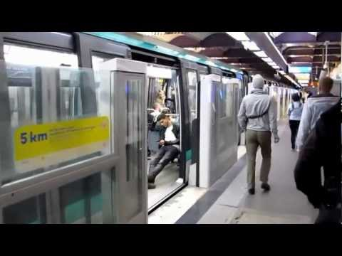 A walk through MP 89 train, Paris Metro line 1, France.