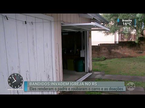 Bandidos invadem casa paroquial, amarram padre e roubam doações   SBT Brasil (29/06/18)