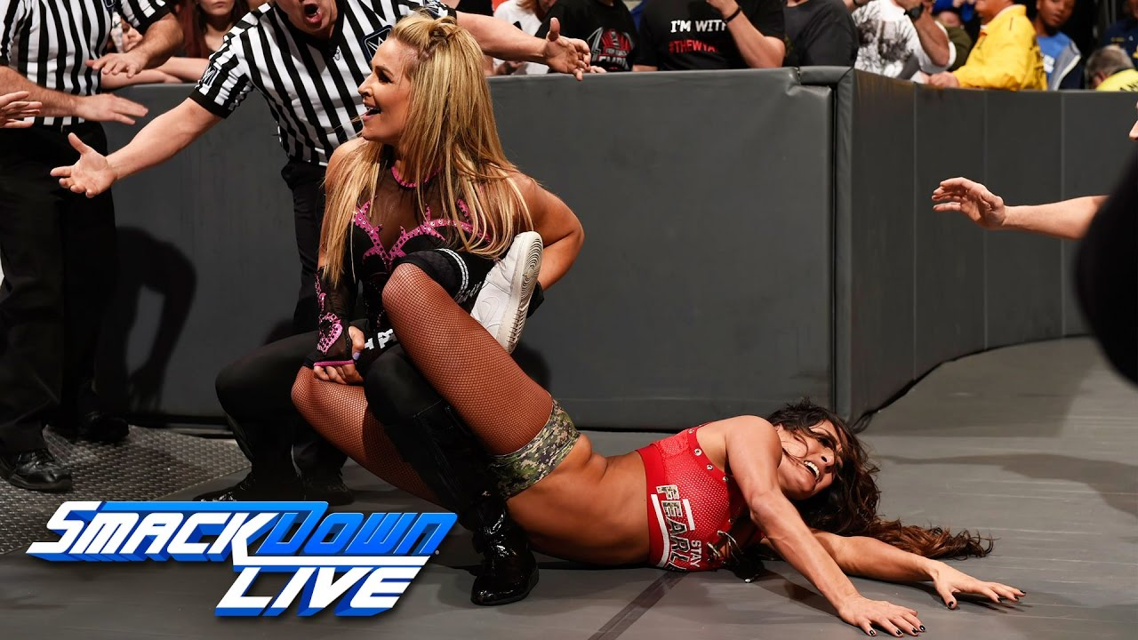 Nikki Bella vs. Natalya: SmackDown LIVE, Jan. 10, 2017