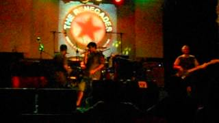 The Renegades (Tributo a Rage Against The Machine) - Wake up