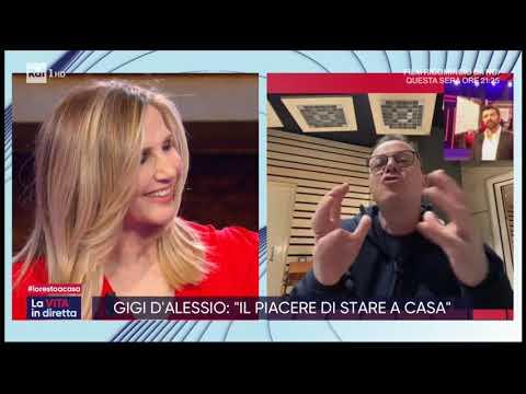 Gigi D'Alessio Show casalingo: 'Non mollare mai' contro il virus - La vita in diretta 17/03/2020