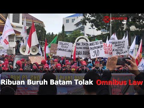 Ribuan Buruh Batam Tolak Omnibus Law