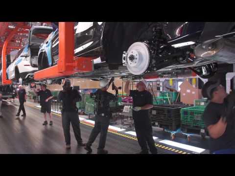 Exoskelett-Einsatz bei BMW in Spartanburg  HD