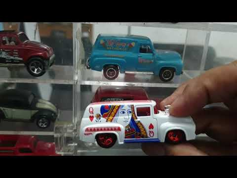 Unboxing HW 56 ford 100 queen card tampo