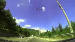 По дороге Ялта - Симферополь(На видео Крымские пейзажы глазами авто путешественников под неподражаемый вокал Фила Перри....., 2013-08-05T16:37:44.000Z)