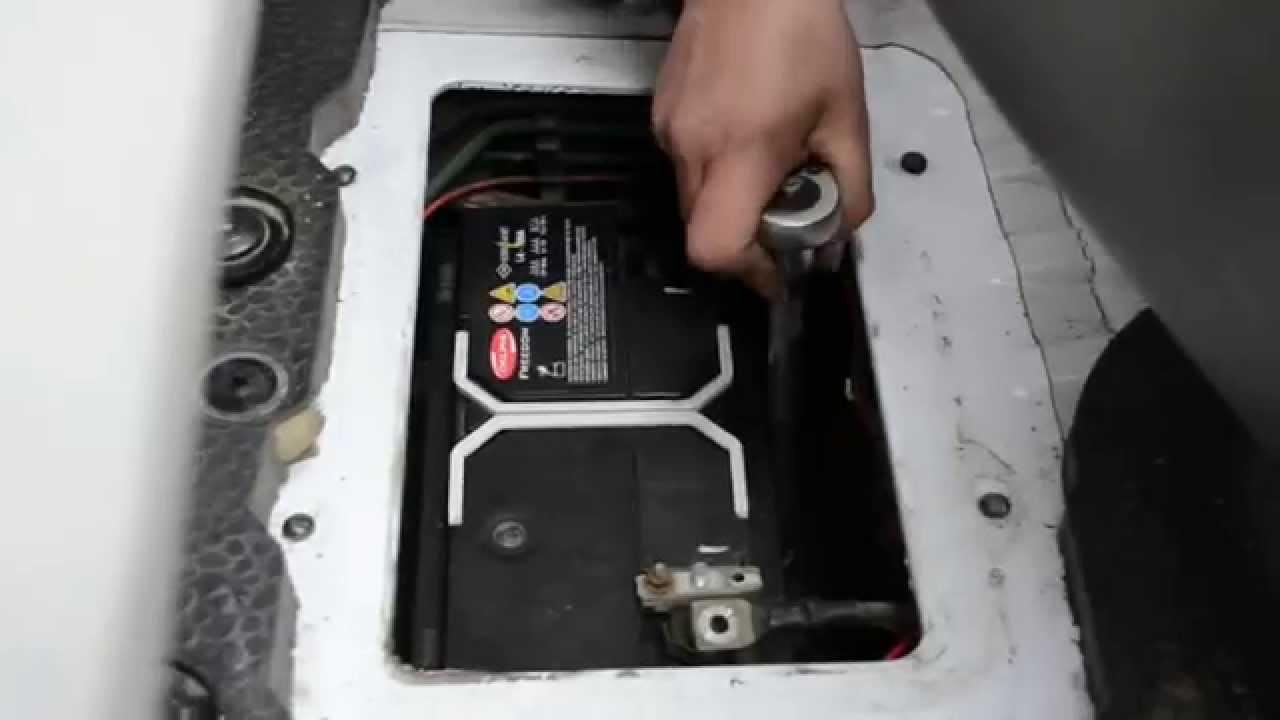 Аккумулятор на Opel Vivaro 1.9 дизель. Ставим Hankook 95 ампер.