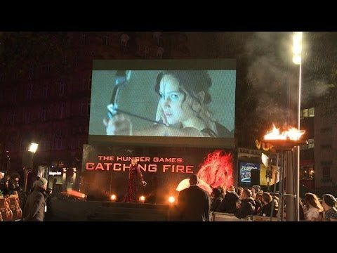 'The Hunger Games: Catching Fire' Premiere Heats Up Rainy London