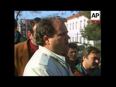 ALBANIA: TIRANA: POLICE PREVENT ANTI-GOVERNMENT RALLY
