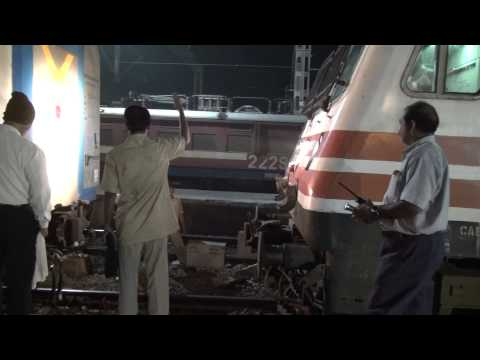 Shining Engine, Great Coupling & A Surprise at Mumbai Central Railway Station !!!!