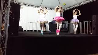 Video Ballet, jazz e india(4) download MP3, 3GP, MP4, WEBM, AVI, FLV April 2018
