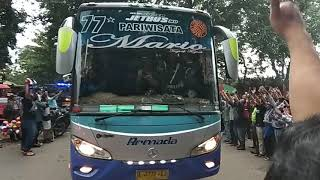 Download Video Kawalan Ketat Pemain Persib Saat Main Di Stadion Maulana Yusuf Serang-Banten MP3 3GP MP4