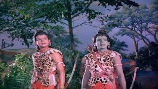 Lava Kusa Movie || Lakshmana and Lava, Kusa Fight for Rama's Yaga Horse || NTR, Anjali Devi