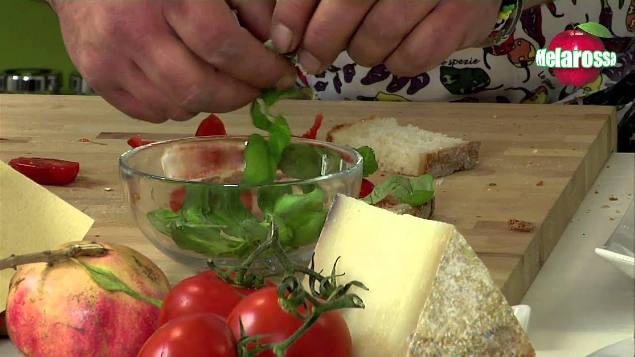 la cucina pugliese: millefoglie di pane, pomodoro e caprino - youtube - La Cucina Pugliese