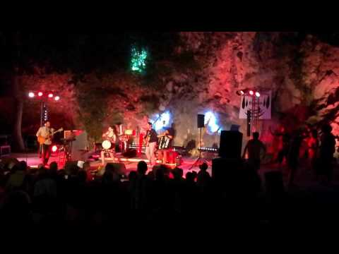 Radio Tutti Ft Barilla Sisters - Tutti Caliente (Live)
