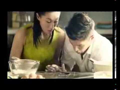 Samsung Galaxy S4 by AIS 3G 2100 TVC 2013 [Thai Version]