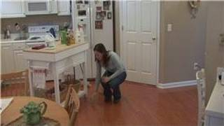 Housekeeping Tips : Removing Mildew From Wood