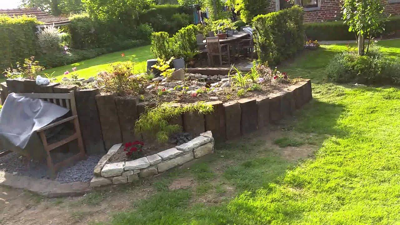 Vijver met kleine waterval youtube for Goedkope voorgevormde vijver