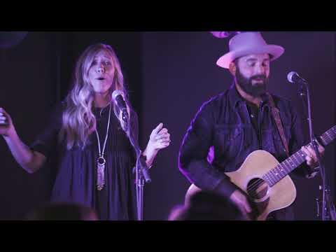 Lyft Secret Show with Drew & Ellie Holcomb