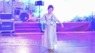 SURPRISE WEDDING DANCE THARANGA & JANANI