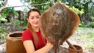 Yummy Stingray Fish Curry Cooking With Egg Plant - Stingray Fish Curry Recipe - Cooking With Sros