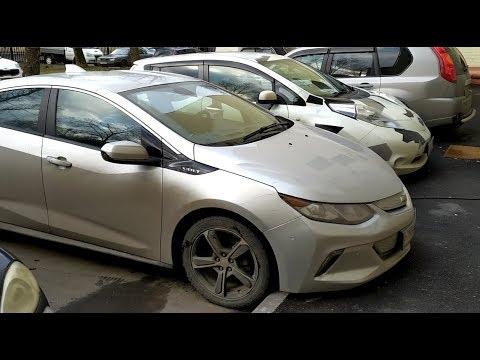 Жизнь с двумя электромобилями: Chevy Volt и Nissan Leaf.