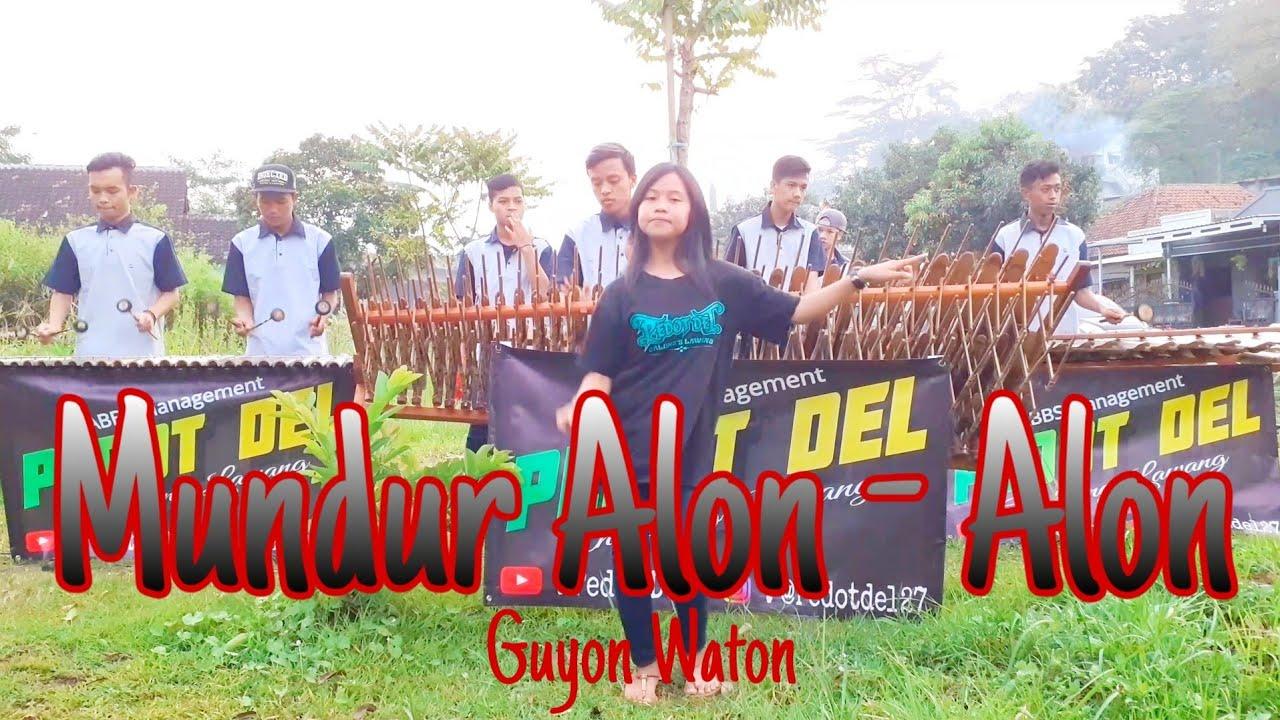 Mundur Alon Alon angklung ( karaoke )